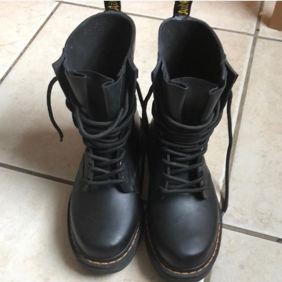 Dr. Martens Shoes | Like New Dr Marten